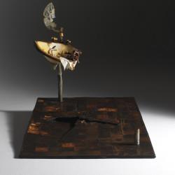 Silvano Tessarollo, Interno/2, 2007, cartone, resina, cera, colori industriali, stoffa e specchio, 116x175x135 cm