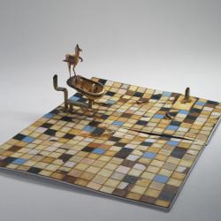 Silvano Tessarollo, Interno/3, 2007, cartone, resina, cera, colori industriali, stoffa, 175x235x81 cm