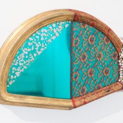 Arch Connelly, Hot Head, 1987, tecnica mista su specchio e cornice, 32x45x6 cm