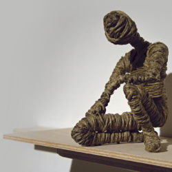 Alex Pinna, Always me, 2020, corda, acciaio e legno
