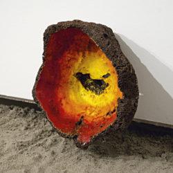 Ehsan Shayegh, Sang, 2020, pietra lavica e smalto