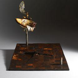 Silvano Tessarollo, 2007, Interno/2, scultura cm 116x175x135h, tecnica: cartone, resina, cera, colori industriali, stoffa e specchio