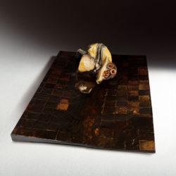 Silvano Tessarollo, 2007, Interno/4, scultura cm 168x110x32h, tecnica: cartone, resina, cera, colori industriali e stoffa