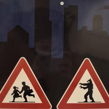 Francesco Garbelli, Pericolo di luna piena, 1988, cartelli segnaletica stradale, vernice spray, legno ricoperto di gesso colorato, 116x108 cm